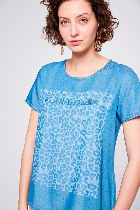 Camiseta-Jeans-com-Estampa-Frontal-Detalhe--
