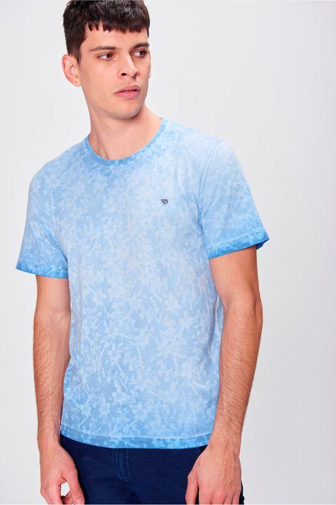 Camiseta-com-Estampa-Floral-Masculina-Frente--