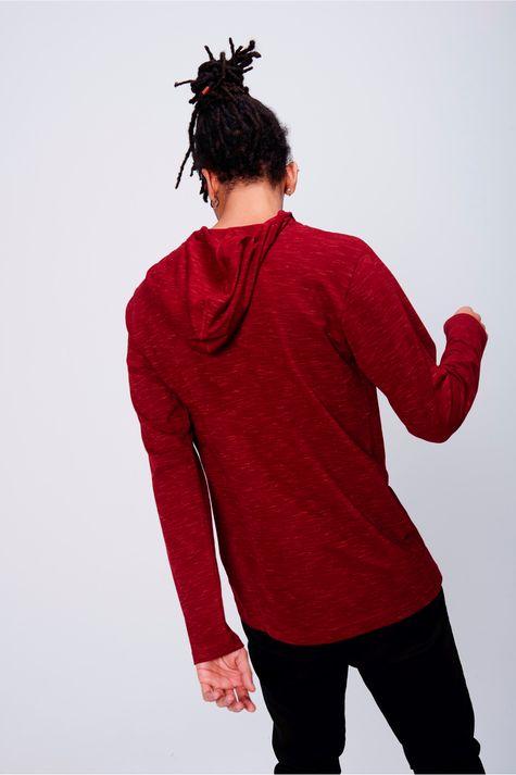 Camiseta-Masculina-Manga-Longa-com-Capuz-Costas--