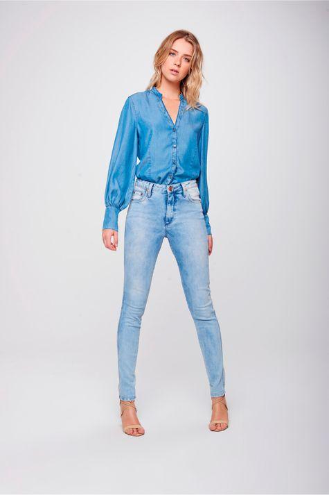 Calca-Cigarrete-Jeans-Claro-Feminina-Frente--