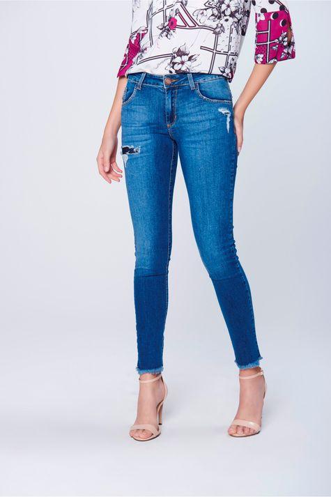 Calca-Cigarrete-Jeans-Rasgada-Frente--
