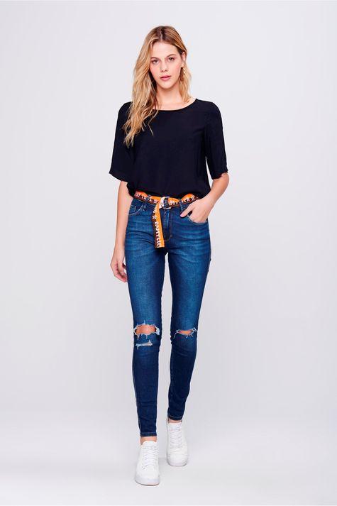 Calca-Jeans-Cigarrete-Rasgada-com-Cinto-Frente--