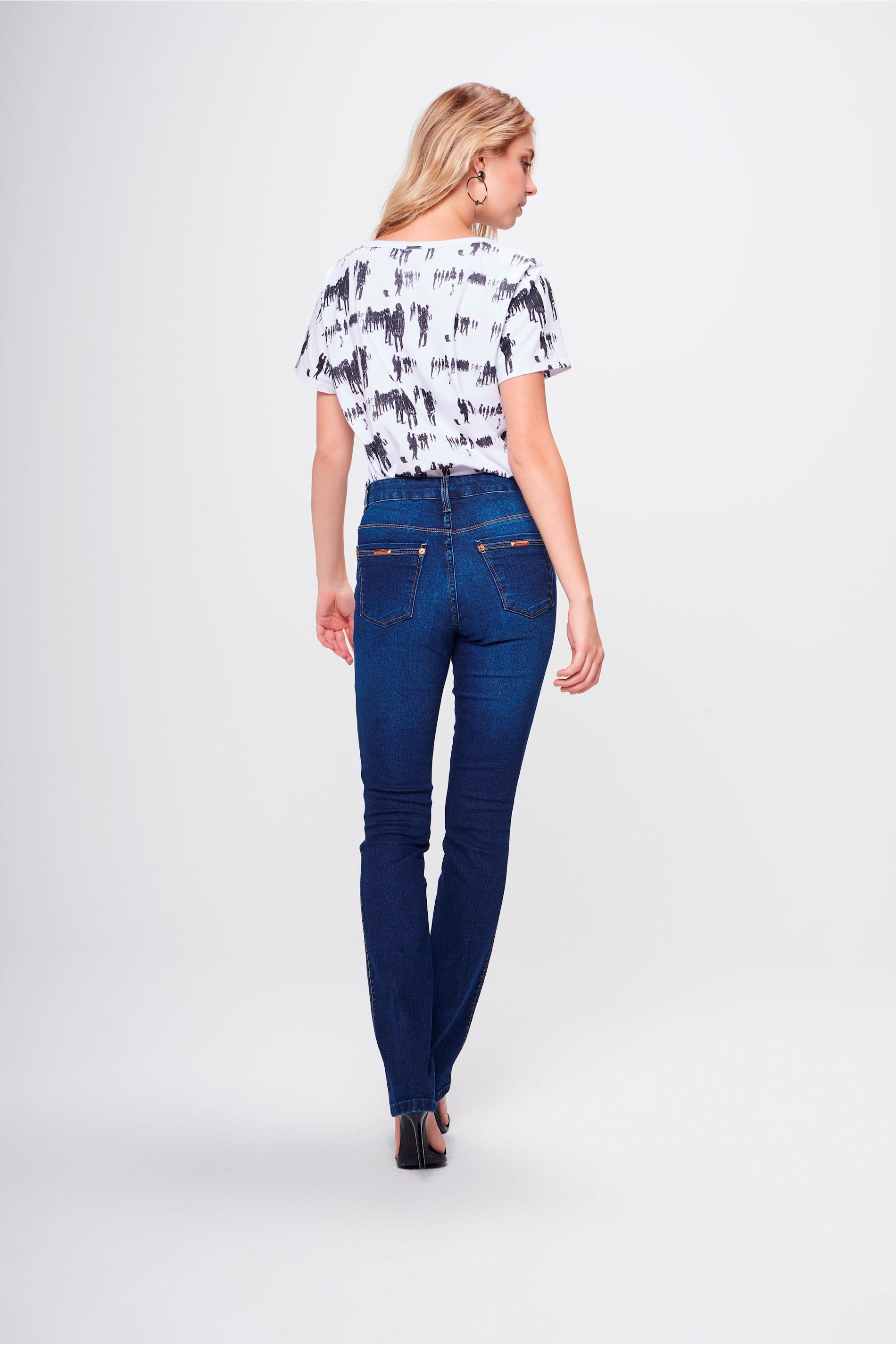 d8e1c6344 Calça Jeans Reta Básica Feminina - Damyller