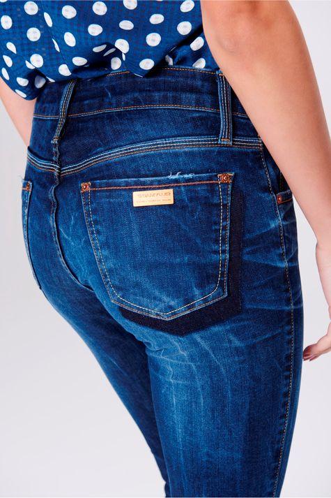 Calca-Jegging-Jeans-Cropped-Feminina-Detalhe--