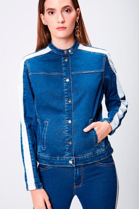 Jaqueta-Jeans-com-Detallhes-Feminina-Frente--