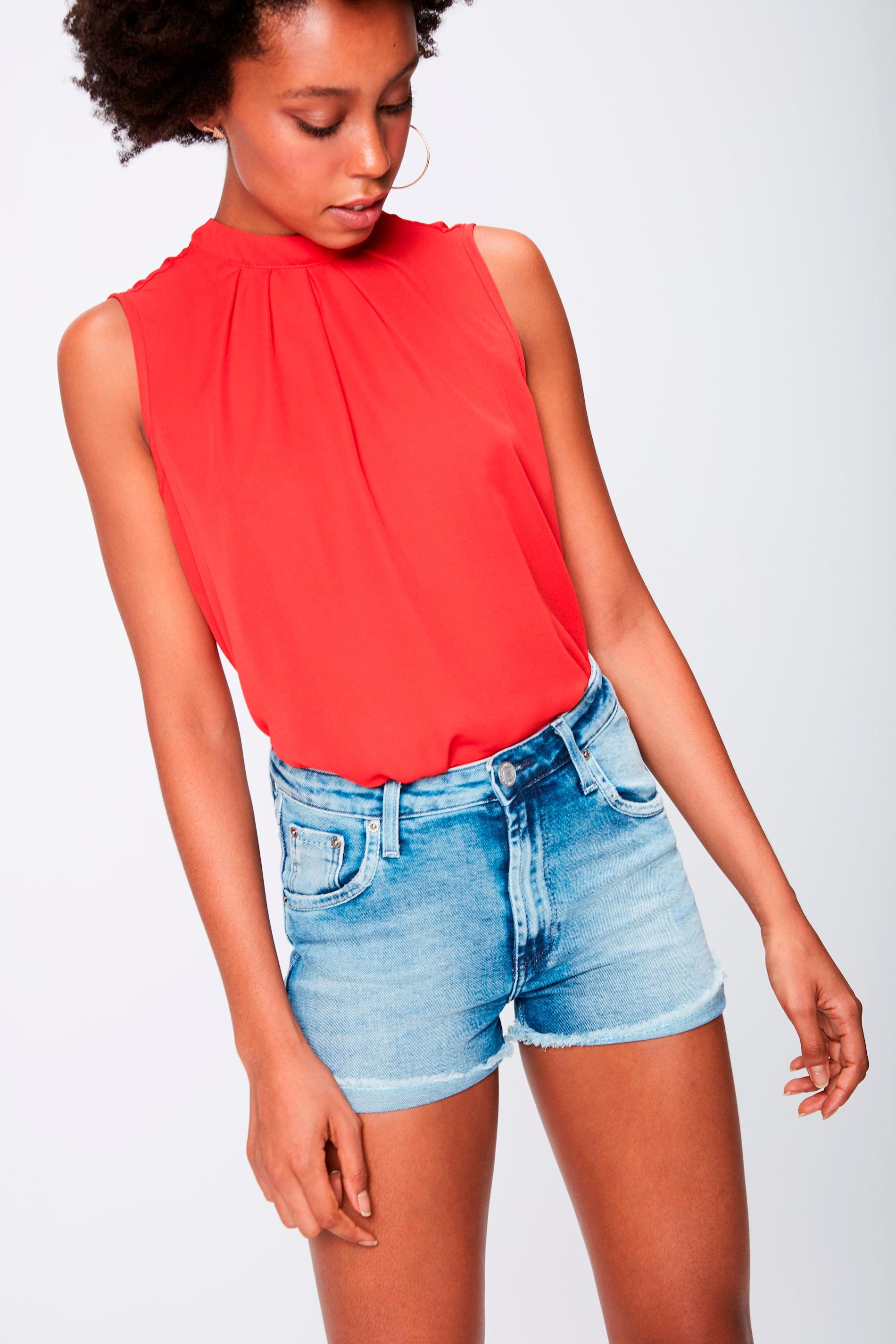 96bbb15ca0 Short Jeans Cintura Alta Feminino - Damyller