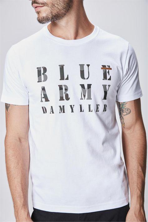 Camiseta-com-Tipografia-Masculina-Detalhe--