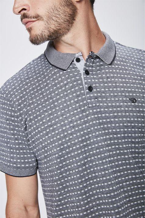 Camisa-Polo-com-Detalhes-Masculina-Detalhe--