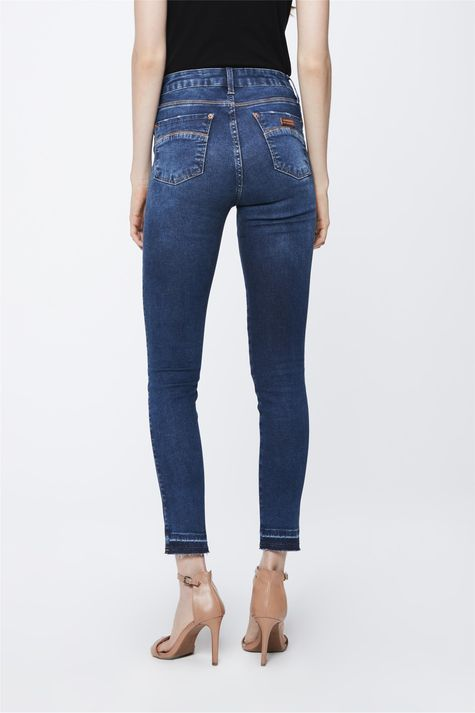 Calca-Jeans-com-Cintura-Alta-Feminina-Costas--
