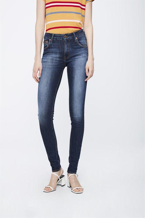 Calca-Jeans-com-Cintura-Media-Feminina-Frente-1--
