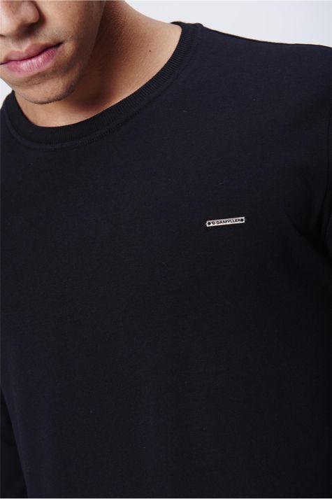 Camiseta-Masculina-Manga-Longa-Detalhe--