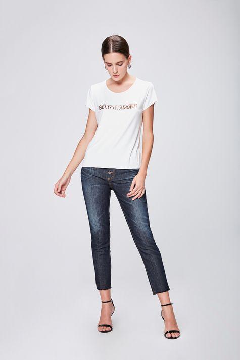 Camiseta-Suede-Feminina-Detalhe-1--