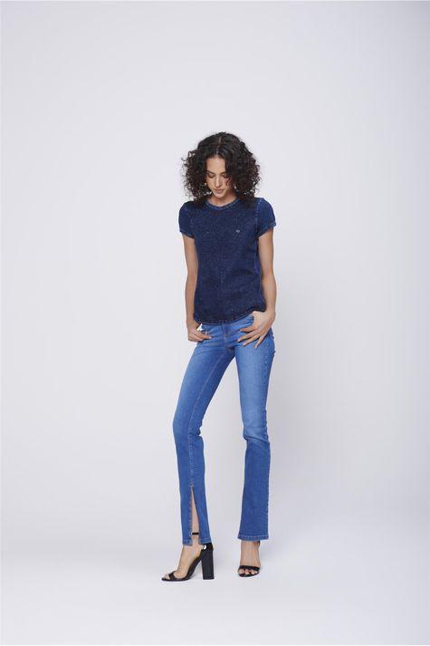 Camiseta-Jeans-Feminina-Detalhe-1--