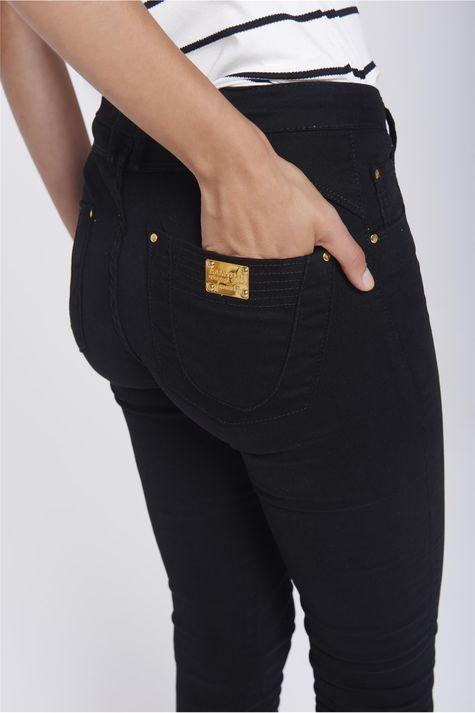 Calca-Jegging-Cintura-Alta-Feminina-Detalhe--