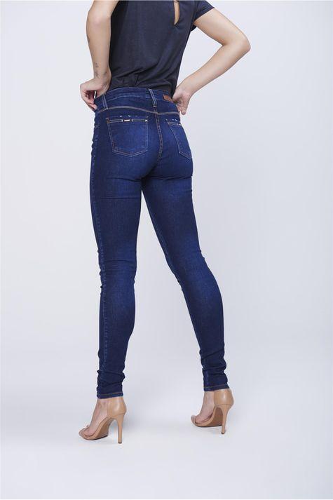 Calca-Jegging-Jeans-Detalhes-nos-Bolsos-Costas--