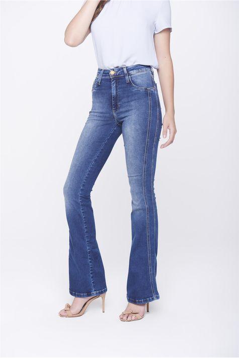 Calca-Boot-Cut-Jeans-Detalhe-Lateral-Frente-1--