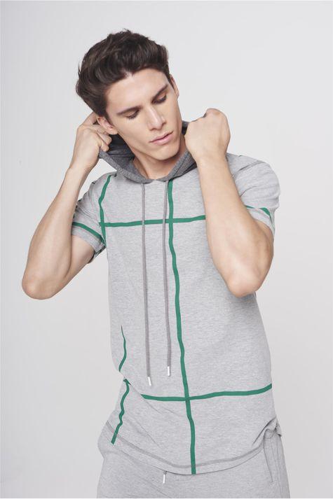 Camiseta-com-Capuz-Masculina-Frente--