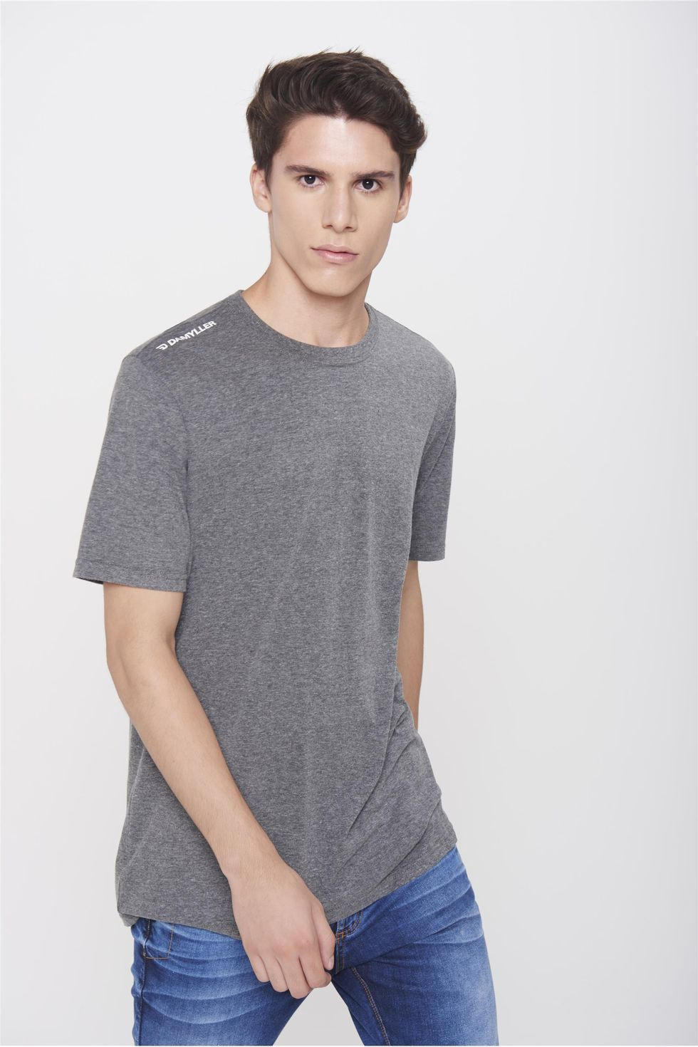 Camiseta-Basica-Unissex-Frente--