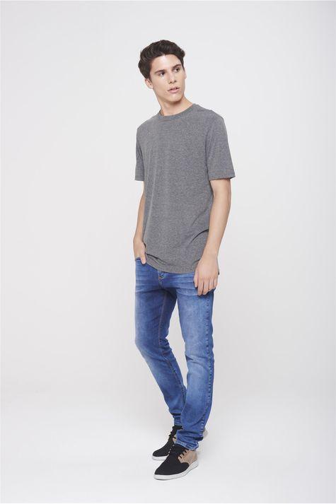 Camiseta-Basica-Unissex-Detalhe-1--