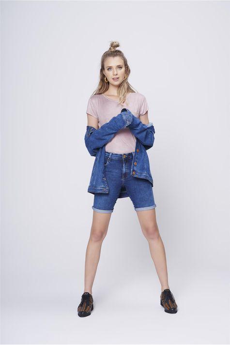 Bermuda-Jeans-Justa-Feminina-Detalhe-2--