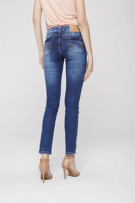 Calca-Cigarrete-Jeans-Basica-Feminina-Costas--