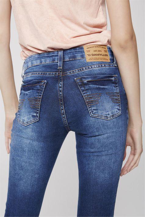 Calca-Cigarrete-Jeans-Basica-Feminina-Detalhe--
