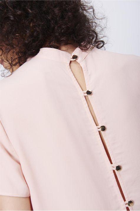 Blusa-Abertura-Costas-Feminina-Detalhe-1--