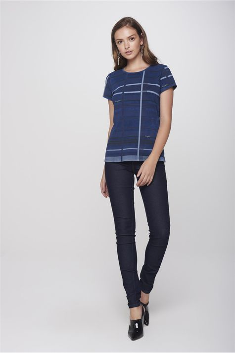 Camiseta-Xadrez-Feminina-Detalhe-1--