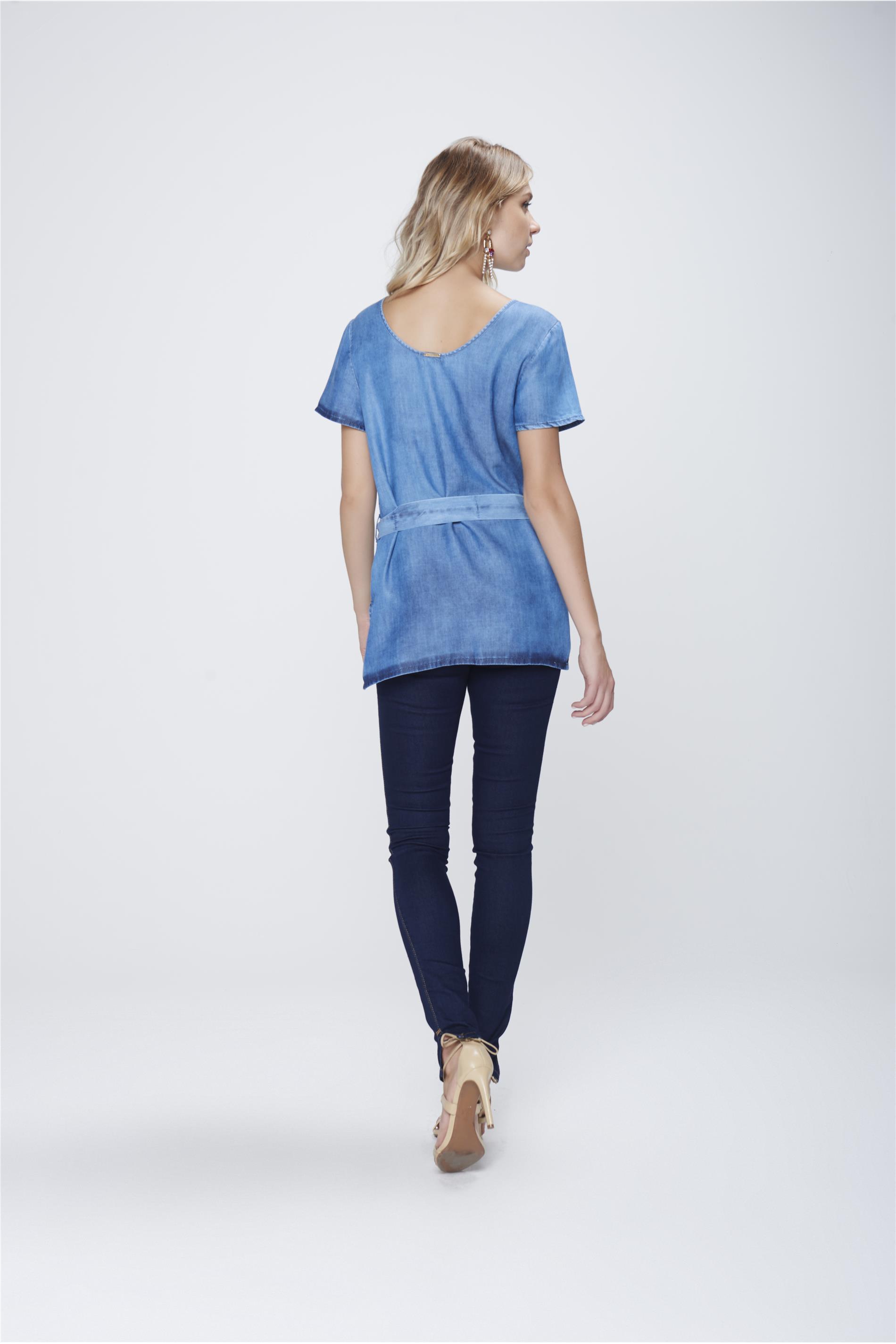 2f7a0f03a9 Blusa Jeans com Cinto Feminina - Damyller