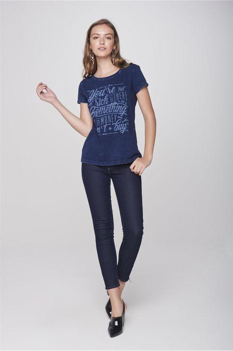 Camiseta-Feminina-Detalhe-1--