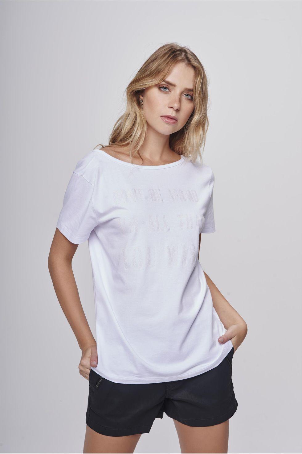 Blusa-Decote-Arredondado-Feminina-Frente--