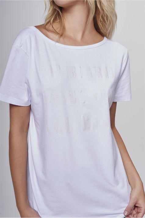 Blusa-Decote-Arredondado-Feminina-Detalhe--