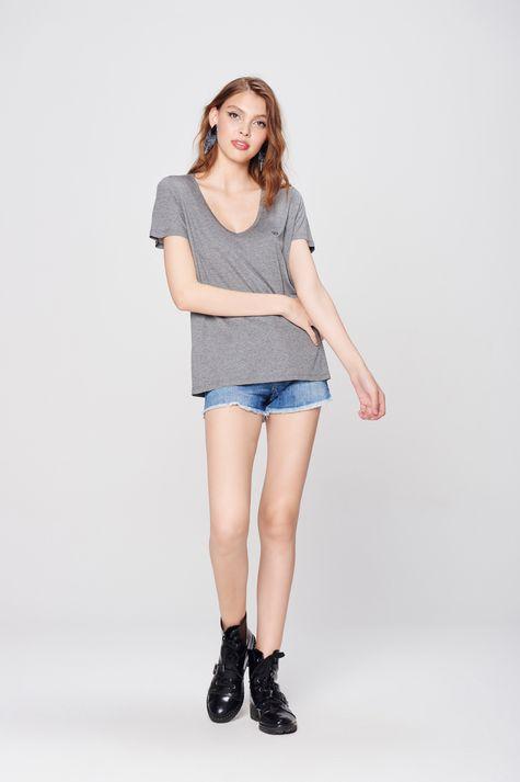 Camiseta-Basica-Feminina-Detalhe-1--