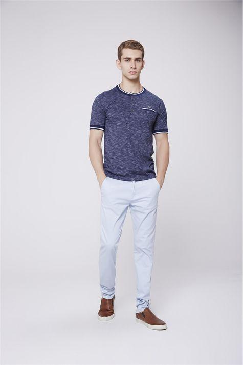 Camiseta-College-Masculina-Detalhe-1--
