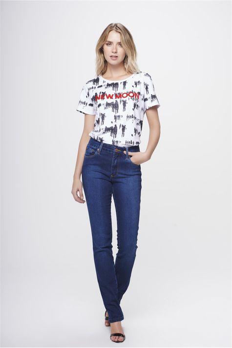 Calca-Jeans-Reta-Basica-Feminina-Detalhe-1--