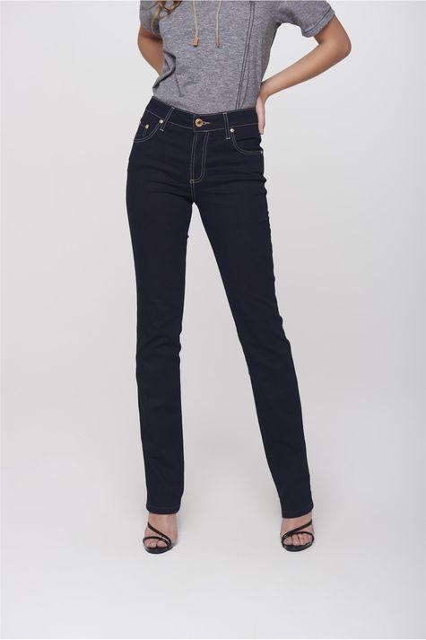 e6243fd3c ... Calca-Jeans-Reta-Basica-Recortes-Bolsos-Frente-- ...