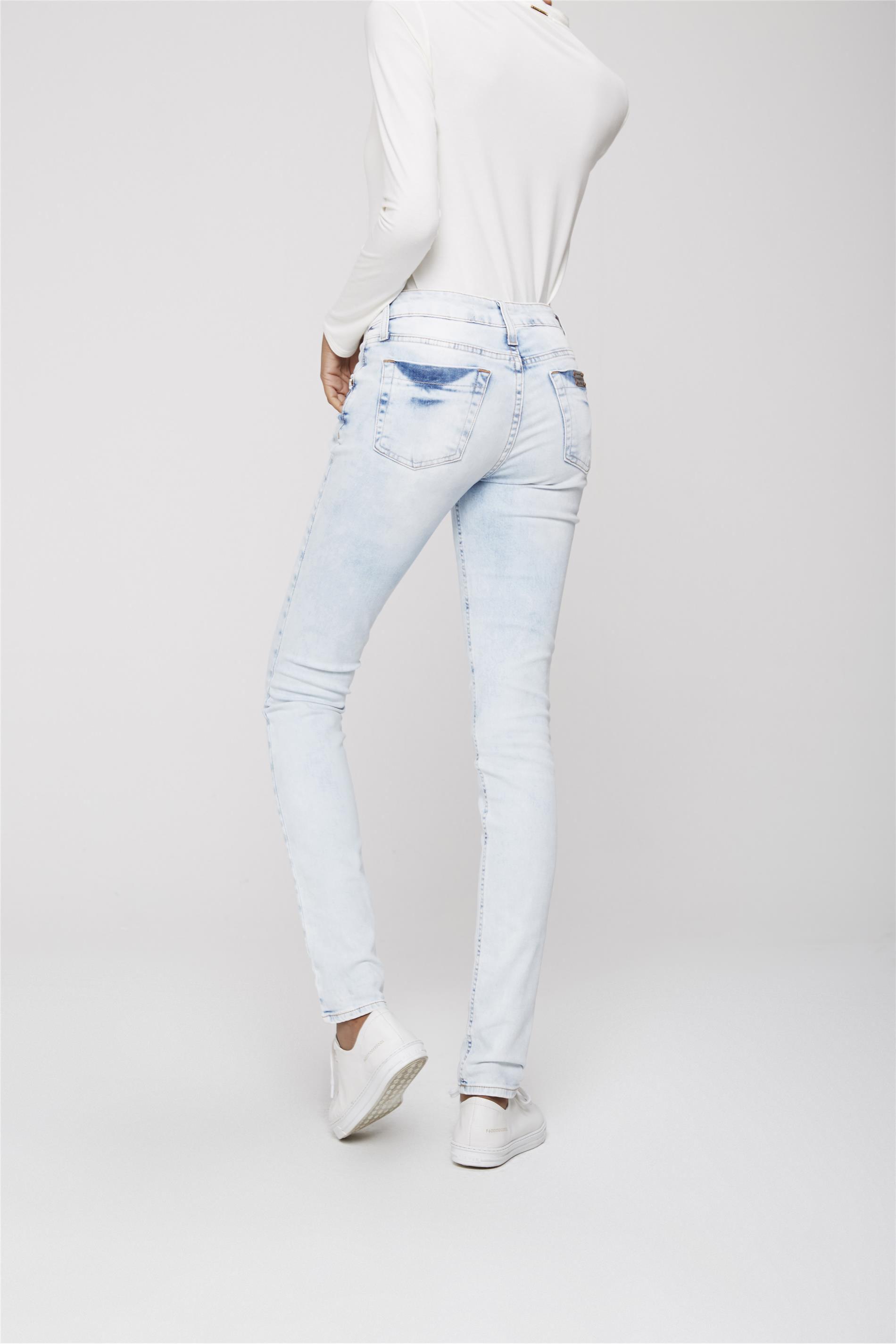 e77a08d33 Calça Jeans Skinny Estonada Feminina - Damyller