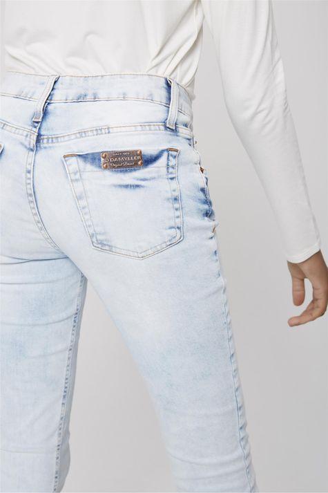 Calca-Jeans-Skinny-Estonada-Feminina-Detalhe--