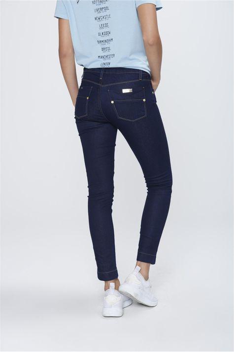 Calca-Cropped-Jeans-Escuro-Feminino-Frente--