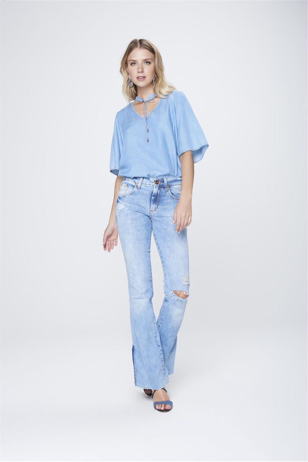 Calca-Boot-Cut-Feminina-Jeans-Destroyed-Frente--