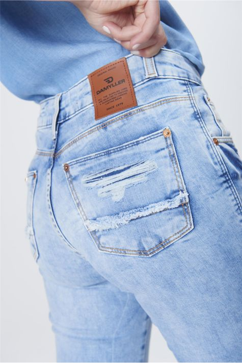 Calca-Boot-Cut-Feminina-Jeans-Destroyed-Detalhe-1--