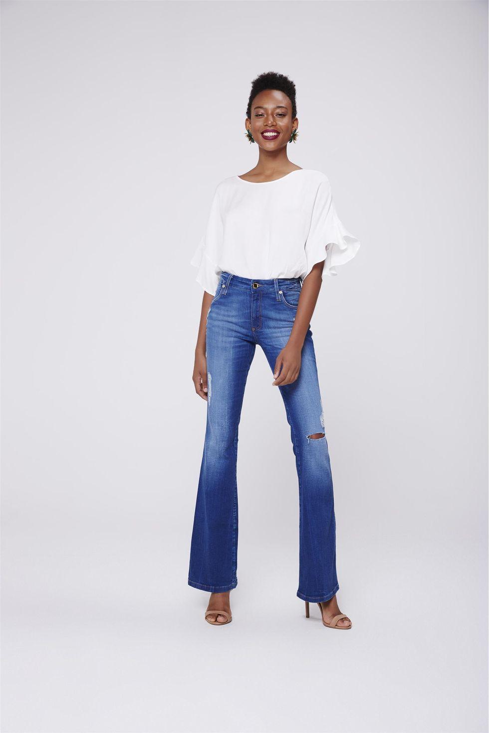 Calca-Boot-Cut-Feminina-Jeans-Rasgada-Frente--