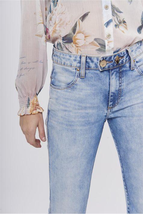 Calca-Boot-Cut-Jeans-Feminina-Estonada-Detalhe-1--