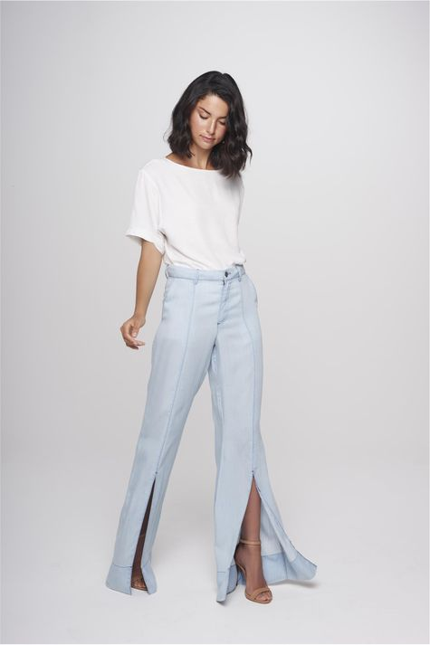Calca-Flare-Jeans-Feminina-Fenda-Barra-Frente--
