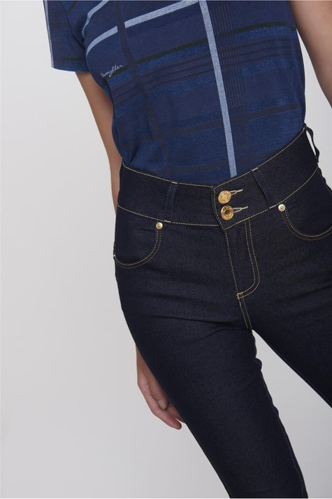 Calca-Jeans-Skinny-Escura-Move-Denim-Detalhe-2--
