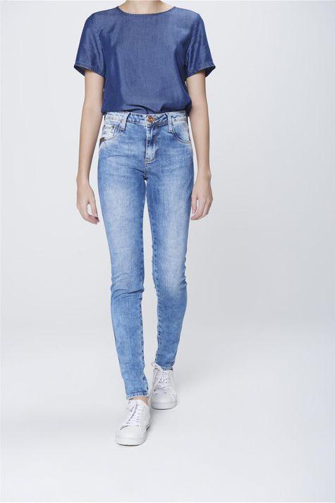 Calca-Cigarrete-Jeans-com-Etiqueta-Bolso-Frente-1--