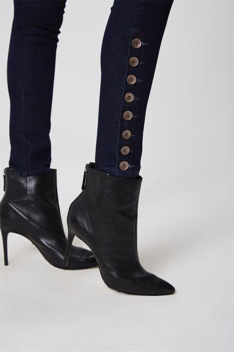 Calca-Cigarrete-Jeans-Botoes-Laterais-Detalhe-1--