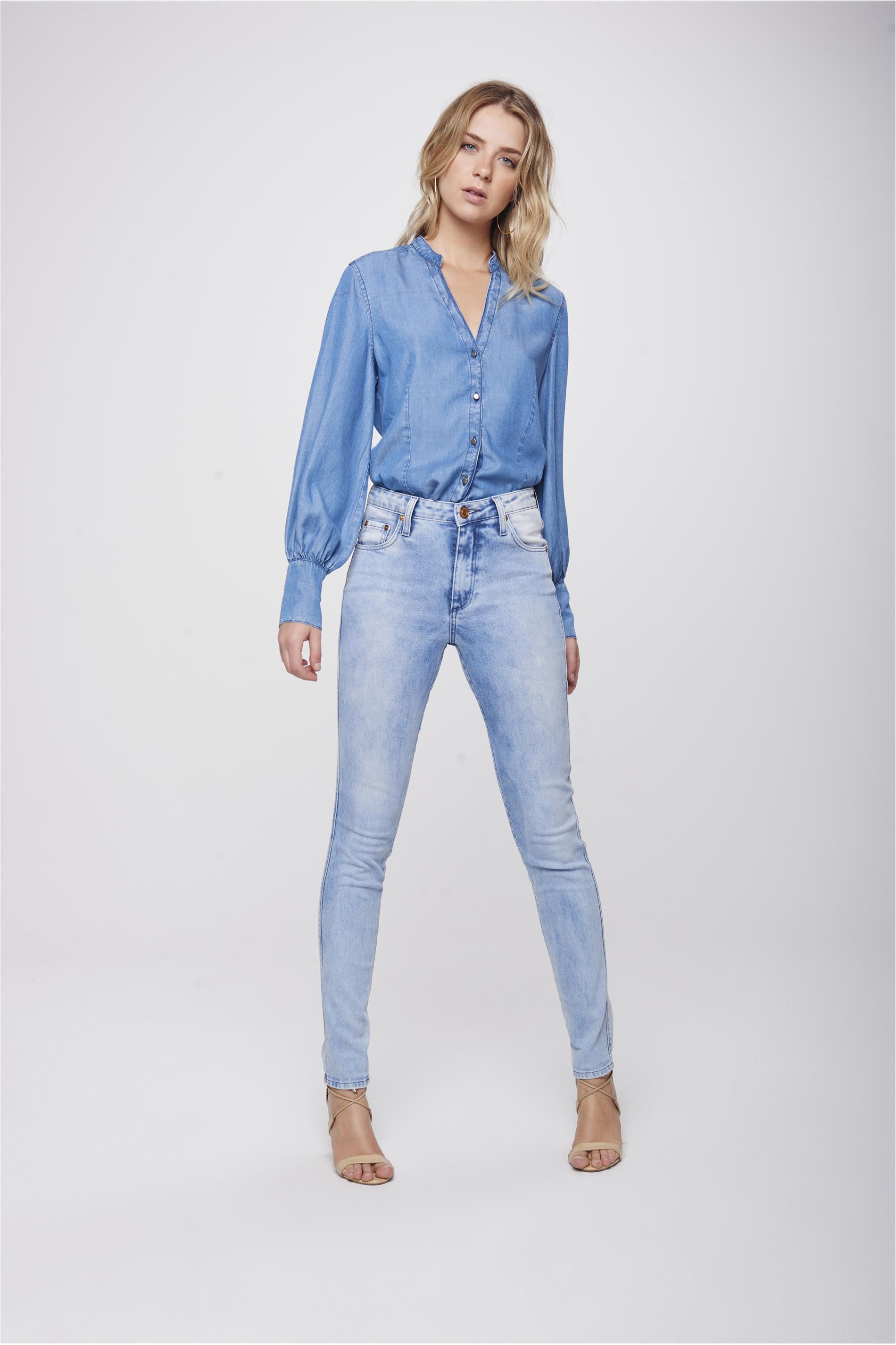 e1580b6fcd abrir. Calca-Cigarrete-Jeans-Claro-Feminina-Frente- ...
