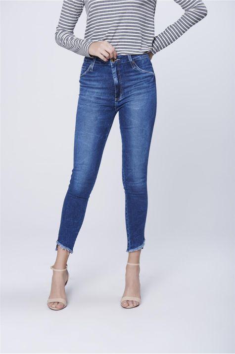 Calca-Jegging-Jeans-com-Barra-Desfiada-Frente--