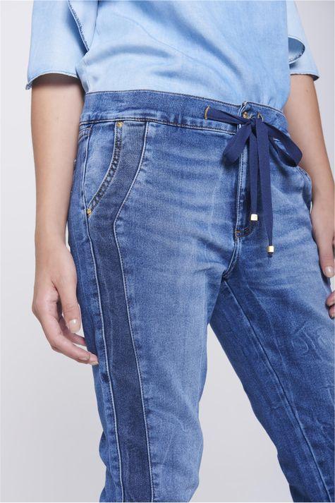 Calca-Jogger-Jeans-com-Ziper-Lateral-Detalhe-1--